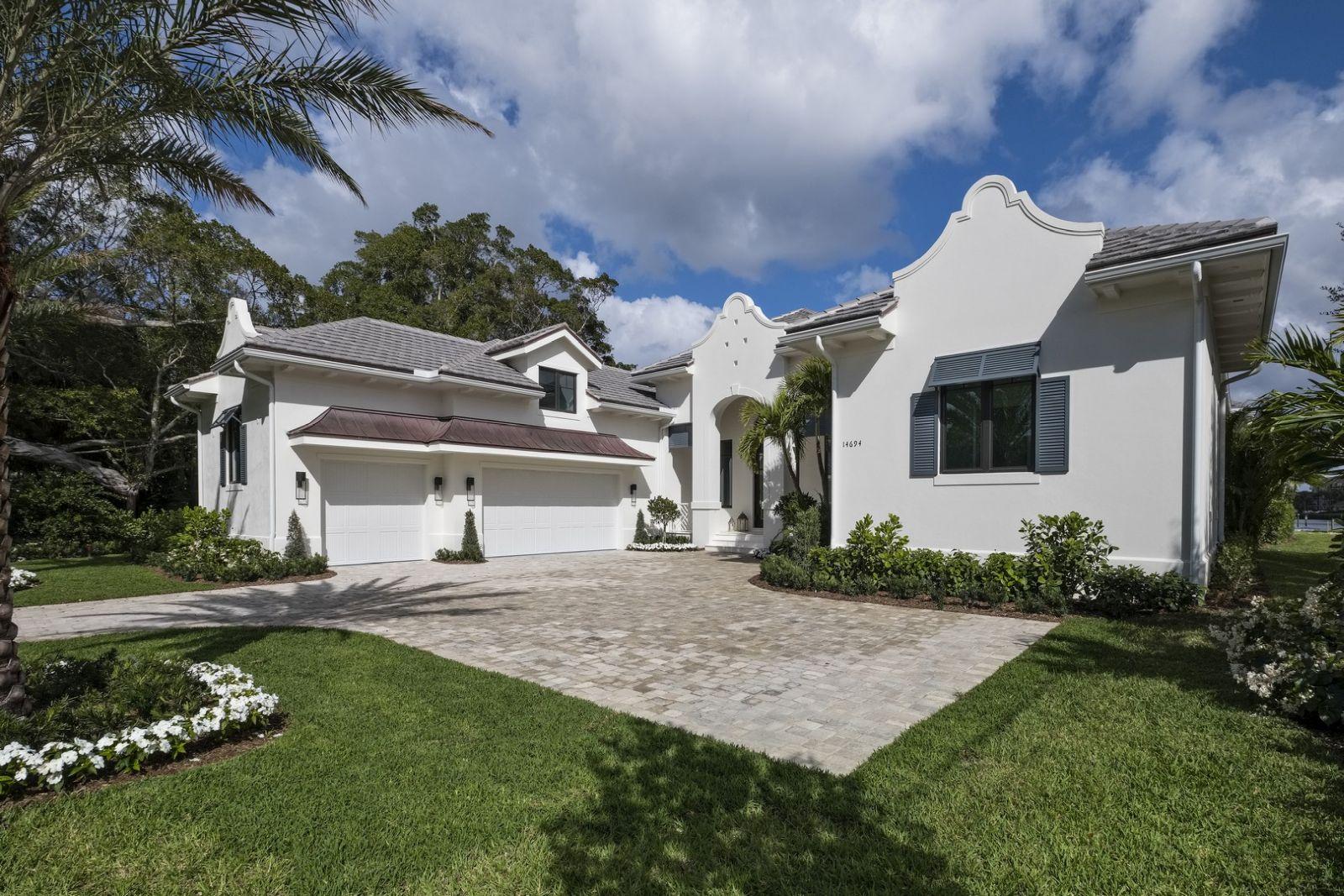 Bermuda Colonial - 001