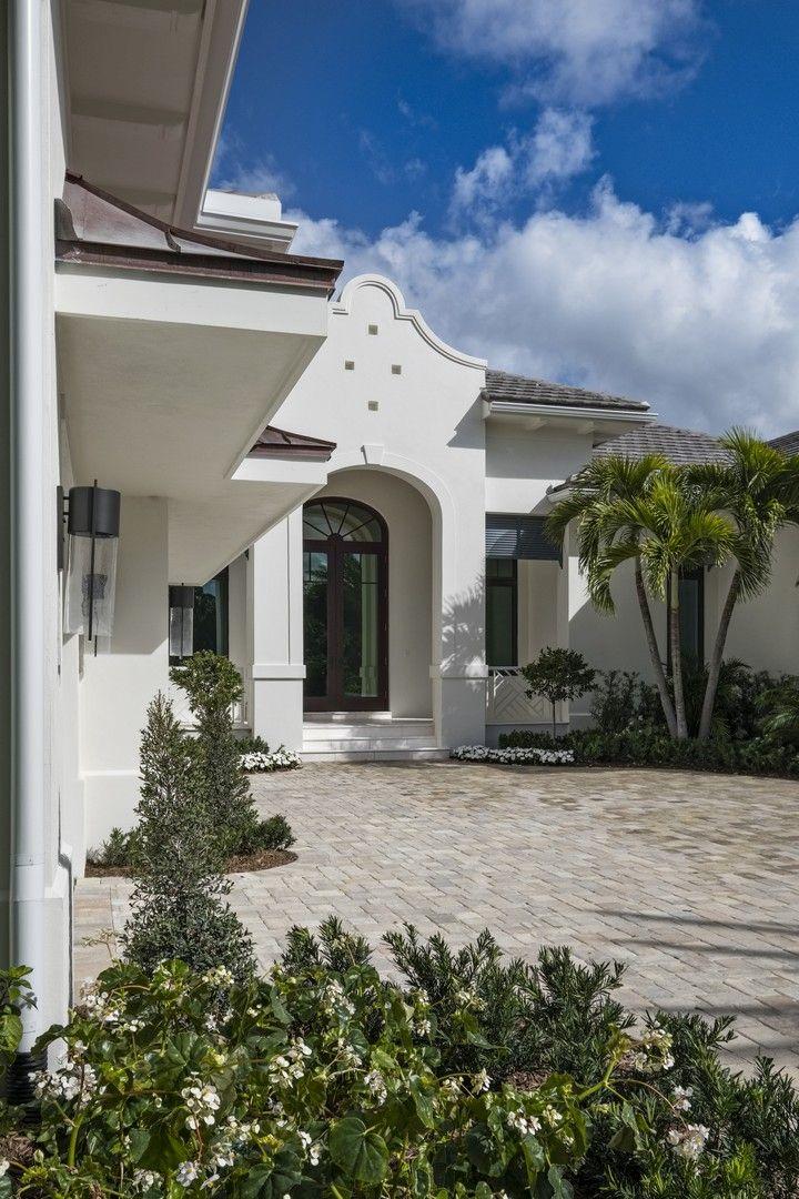 Bermuda Colonial - 002