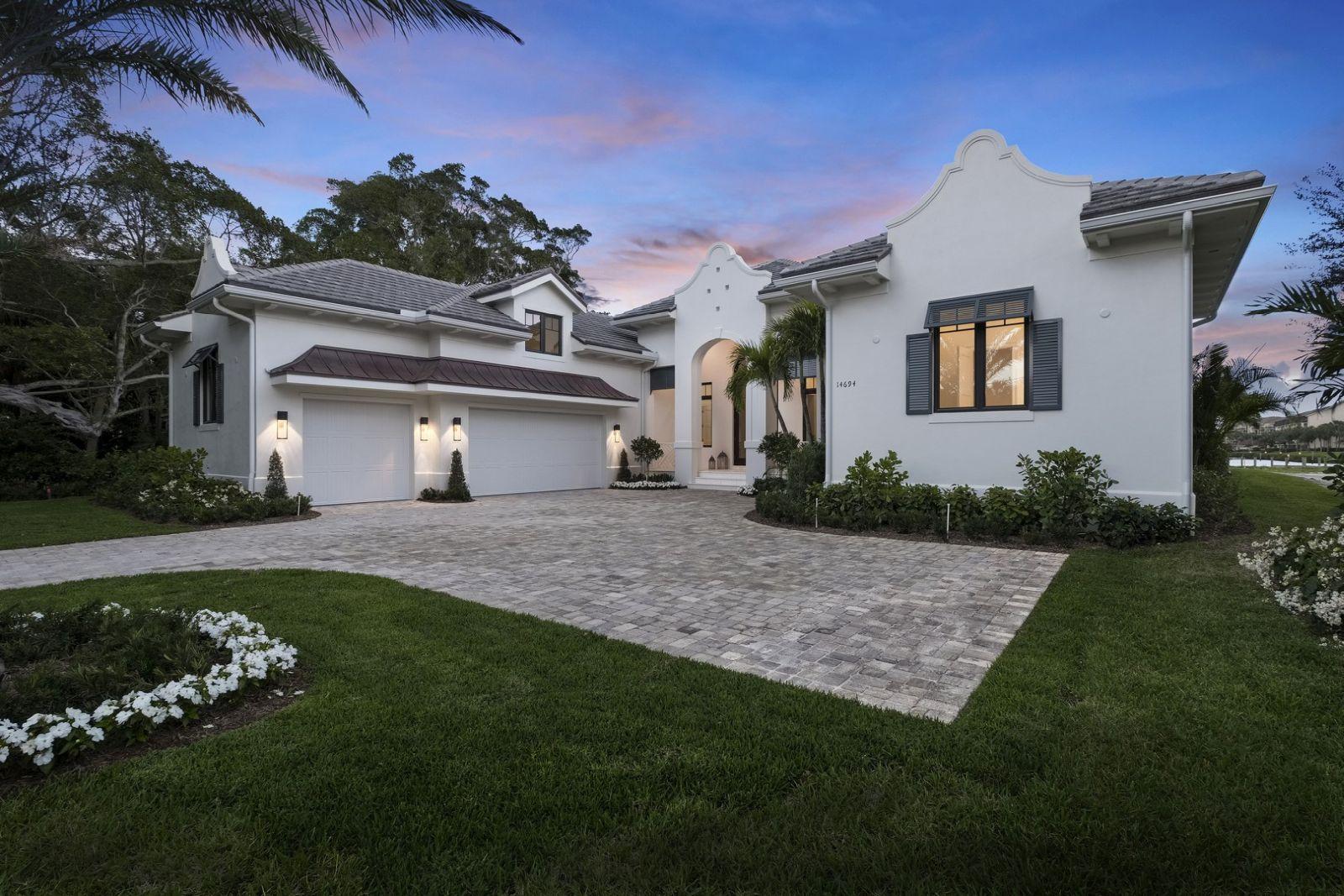 Bermuda Colonial - 017